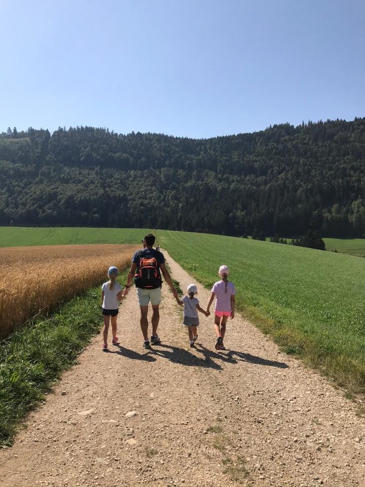 Balade en famille dans les Gorges deCovatannaz